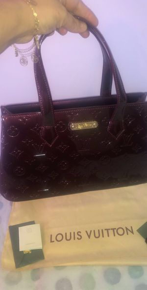 Louis Vuitton Purse for Sale in Smyrna, TN