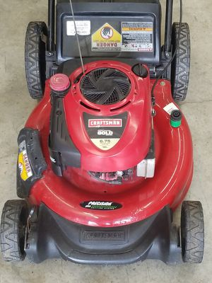 Craftsman push lawn mower for Sale in Auburn, WA