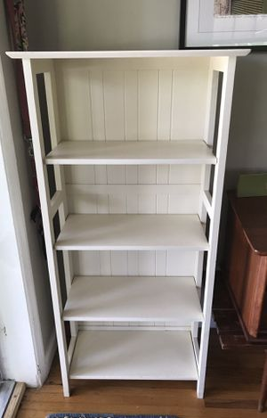 Wooden Flip Flop Folding Bookcase in white for Sale in Miami, FL