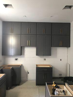 Greyker cabinets for Sale in San Antonio, TX