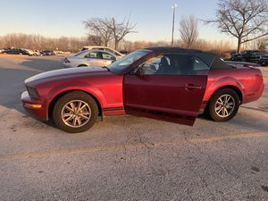 2005 Red Ford Mustang for Sale in Harvey, IL