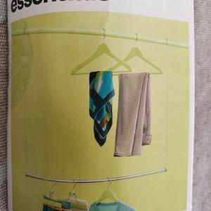 **NEW** Adjustable Closet Rod Extender for Sale in Fremont, CA
