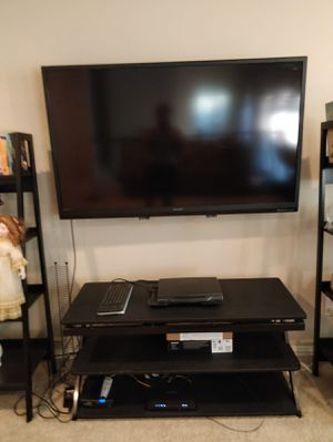 60 inch SHARP TV and TV stand for Sale in Fort Worth, TX