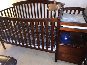 Baby crib with brand new mattress for Sale in La Puente, CA