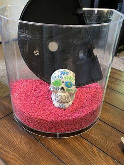 3 Gallon Fish tank with accessories In Madera for Sale in Madera,  CA