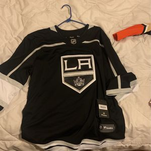 Jerseys for Sale in Fresno, CA