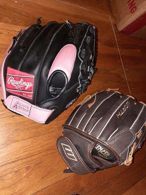 Four gloves softball, baseball, teeball for Sale in Austin, TX