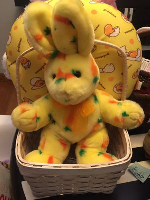 Yellow bunny basket for Sale in Chicago, IL
