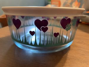 Brand new Pyrex bowl with lid for Sale in Chesapeake, VA