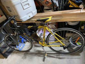 Bikes,grinder,saw,table,Freon,chairs,fish tank gravel make an offer for Sale in Kansas City, KS