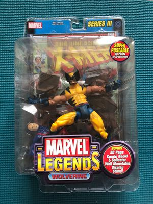 Marvel Legends Action Figure - Wolverine - Retro 2002 Collectible Figure in box! for Sale in Moberly, MO