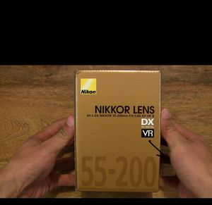 NIKON AF-S DX NIKKOR 55-200mm f/4-5.6G ED VR II Lens - White Box (New) for Sale in Tampa, FL