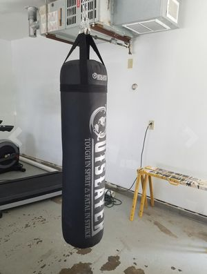 Outslayer HeavyBag Like New Only 130$ ( original price 380$) for Sale in Miami, FL