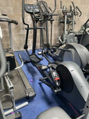 Life fitness elliptical for Sale in Fort Worth, TX