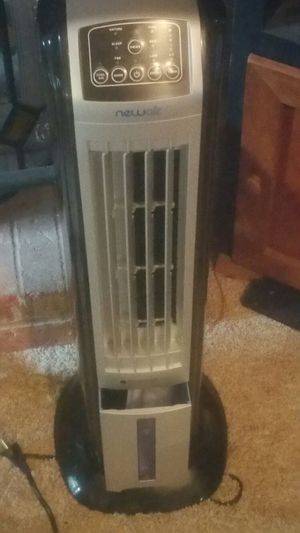 NewAir AF310 Oscillating Tower Ionizer Fan for Sale in Nashville, TN