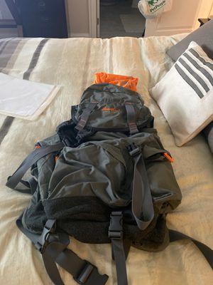 Eddie Bauer travel backpack for Sale in La Grange Highlands, IL