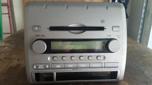 Toyota Tacoma stock stereo/disc player receiver for Sale in Orange City, FL