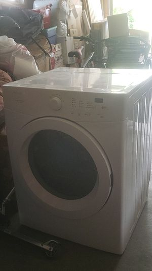 Frigidaire dryer for Sale in Le Mars, IA