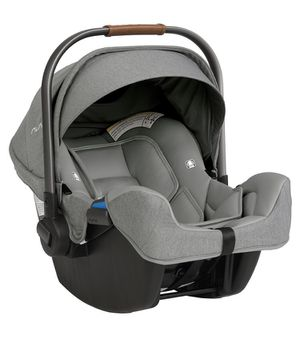 Nuna car seat and base for Sale in Shippensburg, PA