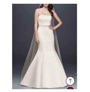 Davids Bridal Ivory Wedding Dress for Sale in Greenville, SC