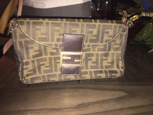 FENDI HAND BAG for Sale in Silver Spring, MD