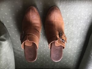 Women's leather shoes for Sale in Menasha, WI