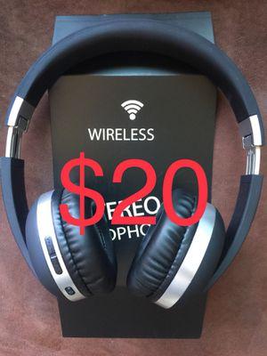 EK-MH4 headphones 🎧 wireless Bluetooth all colors for Sale in El Cajon, CA