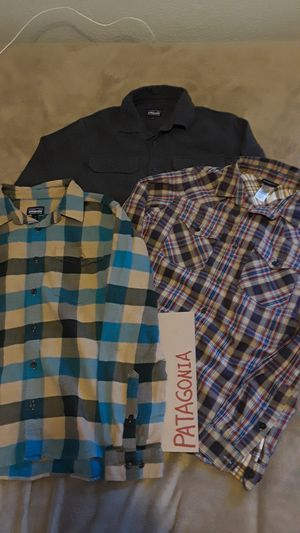All for $60 3 great MENS SMALL PATAGONIA SHIRTS for Sale in Tacoma, WA
