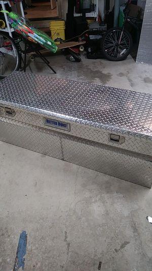 "5'x2'x19"" diamond plate tool box for Sale in Snohomish, WA"