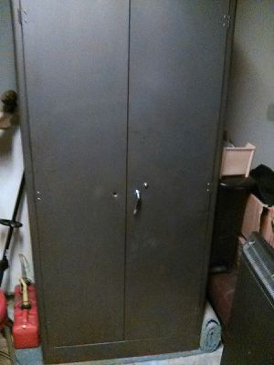 MILITARY STORAGE CABINET LOCKING 2 SHELVES ROD for Sale in Indianapolis, IN