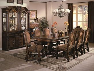 Table and 6 chairs for Sale in Federal Way,  WA