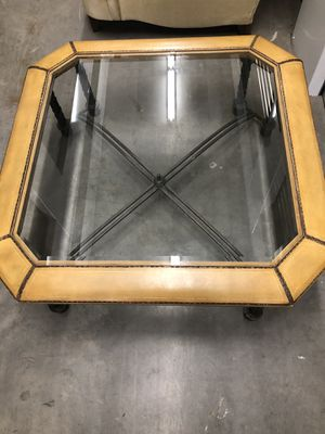 Large Glass Coffee Table for Sale in Lake Worth, FL