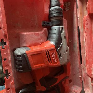 Milwaukee 1-9/16 in. SDS-Max Rotary Hammer for Sale in Houston, TX