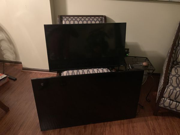 Smart TV's 40 inch and 48inch
