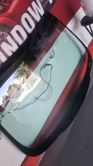 Chevy impala 06-13 windshield for Sale in Fontana, CA