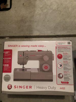 singer 4452 heavy duty sewing machine for Sale in Matthews, NC