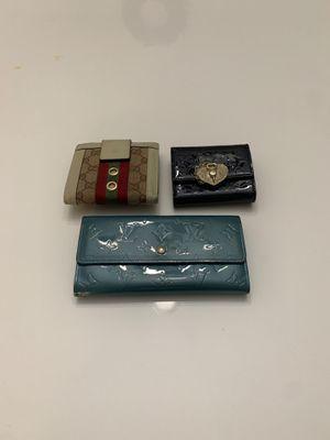 LV, Gucci, Korean wallet (BUNDLE) for Sale in Centreville, VA