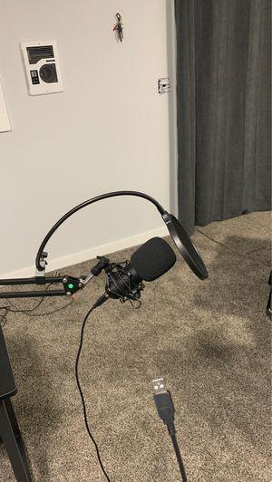 Desk microphone for Sale in Oak Harbor, WA