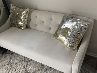 Small Couch/Sofa for Sale in Irving,  TX