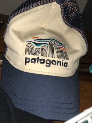 Patagonia Hat/Men's Northface Medium for Sale in Covington, KY