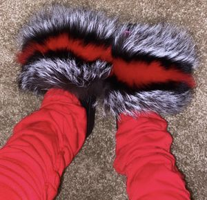 Fuzzy slippers❤️ for Sale in Orlando, FL