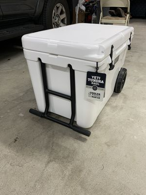 Yeti tundra haul cooler for Sale in Long Beach, NY