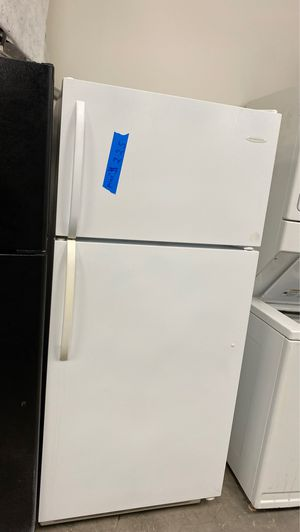 Frigidaire top&bottom refrigerator for Sale in Bowie, MD