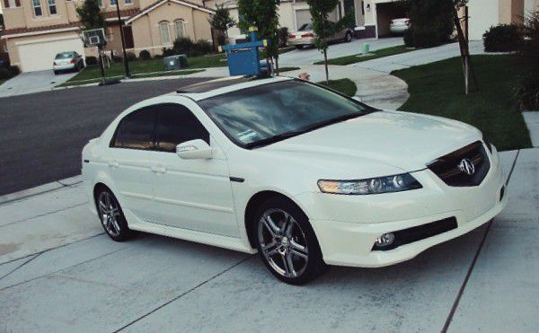 NON SMOKER DRIVEN ACURA TL 2007