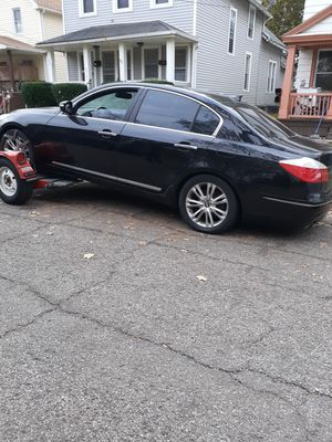 Hyundai Genesis parts car for Sale in Cleveland, OH