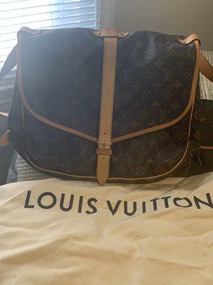 Louis Vuitton Samur 35 for Sale in Ecorse, MI