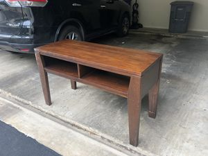 TV stand/table for Sale in Austin, TX