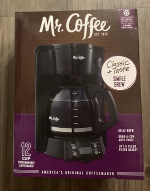 Coffee maker 12 cups programmable for Sale in Covina, CA