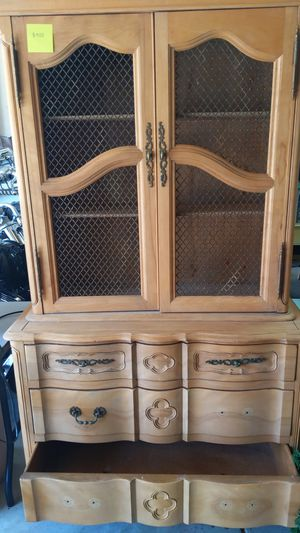 Antique Solid Wood China Cabinet for Sale in Morgan Hill, CA
