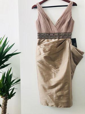 MONIQUE LHUILLIER Evening Dress for Sale in Jersey City, NJ